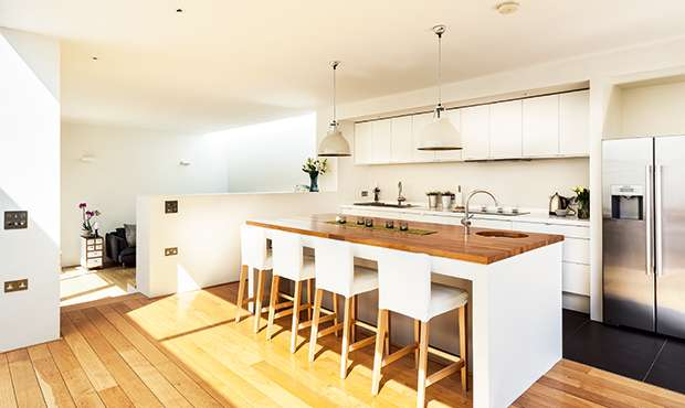 Ultra High Gloss Kitchen