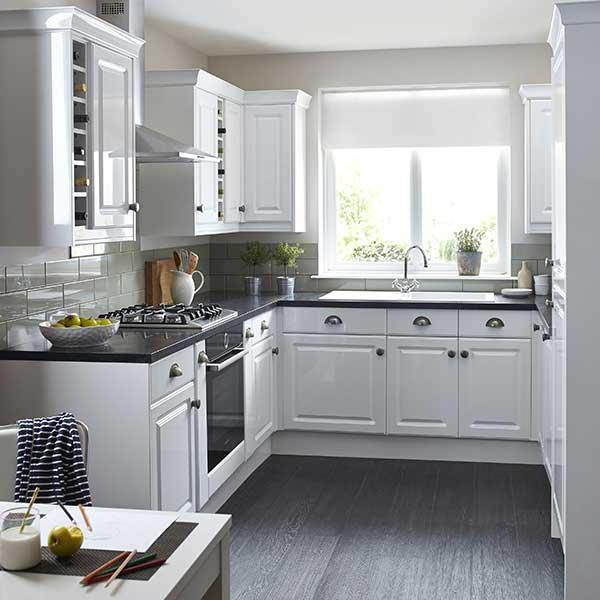 new small white kitchen