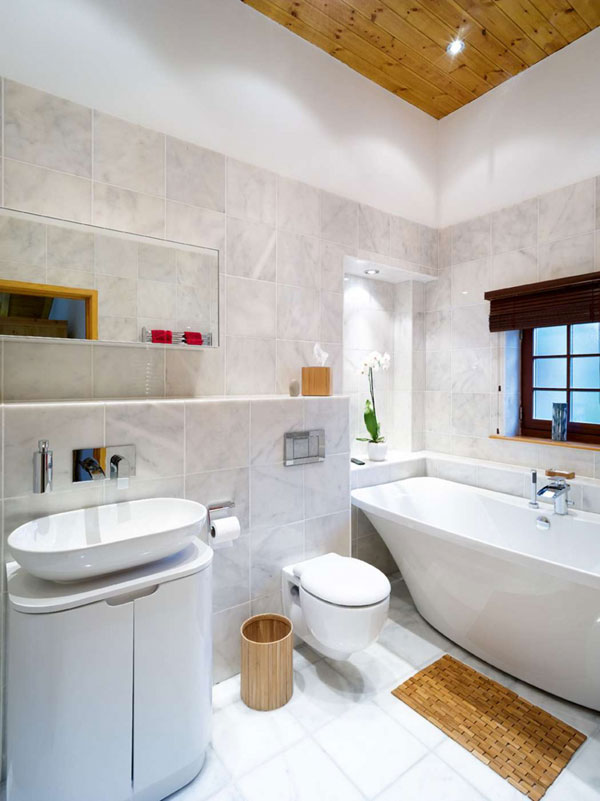 Swiss Chalet - Bathroom