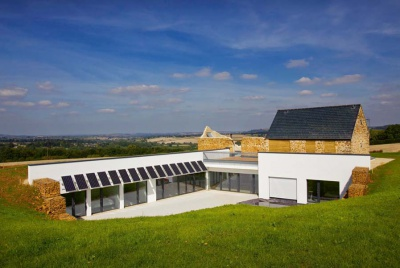 A passivhaus in Gloucestershire with ruined barn appendage