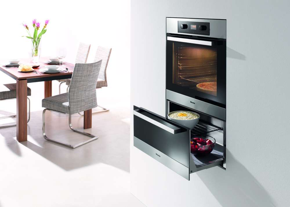 Miele's Culinart H5247 BP oven