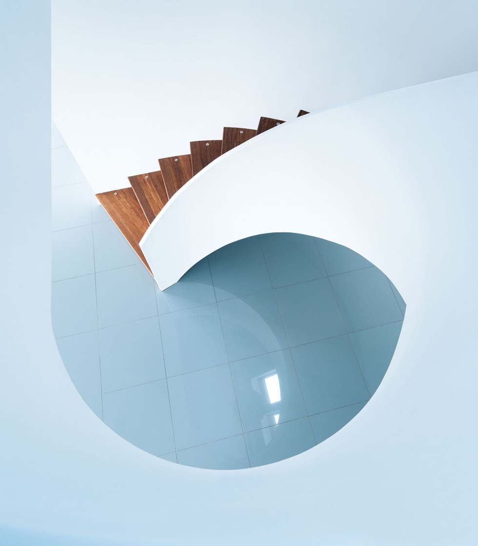Orr curved staircase