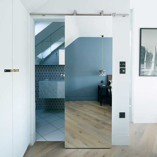 bathroom-with-sliding-doors