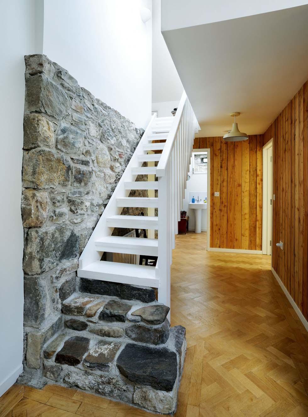 Leachachan Barn stairs