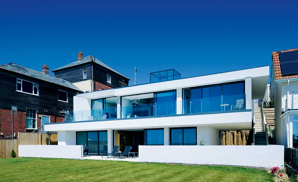 A modernist seaside home