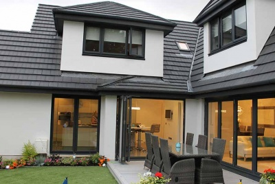 dalziel house white black bi-fold doors