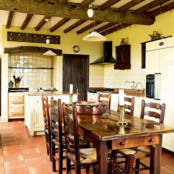 25 Great Country-Style Kitchens | Homebuilding & Renovating