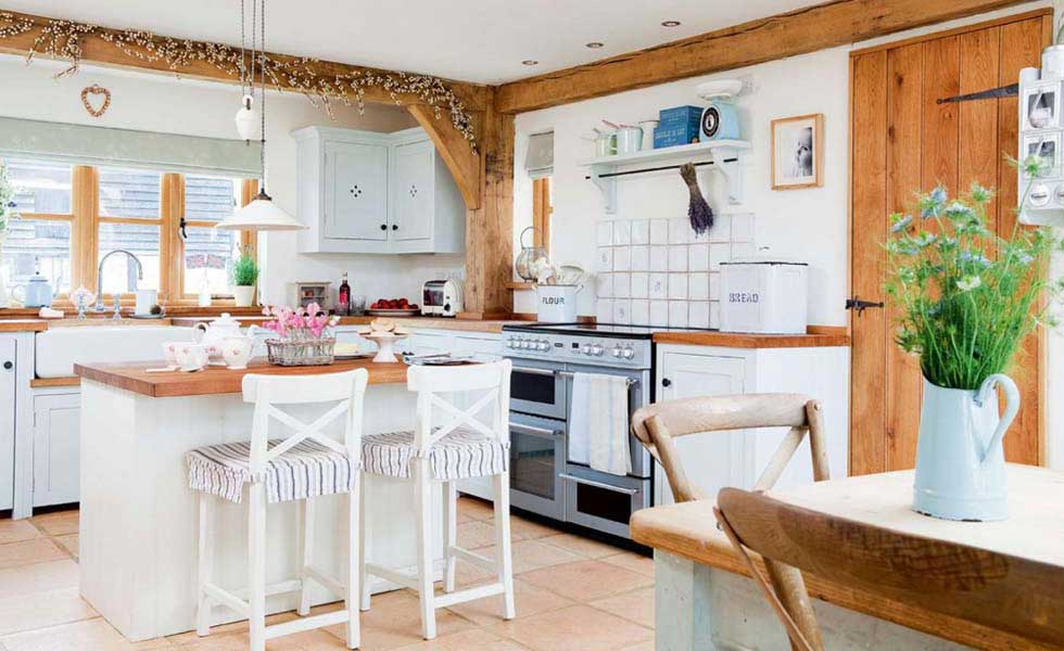 Country Style Kitchen In An Oak And SIPs Cottage