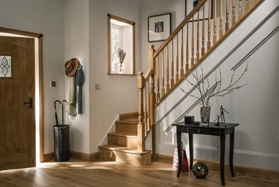 Cheshire Mouldings' Warwick wooden balustrade with spindles
