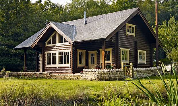 A package home log cabin