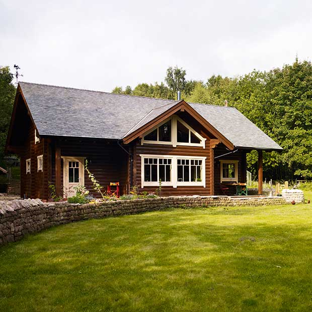log cabin in Derbyshire built as package