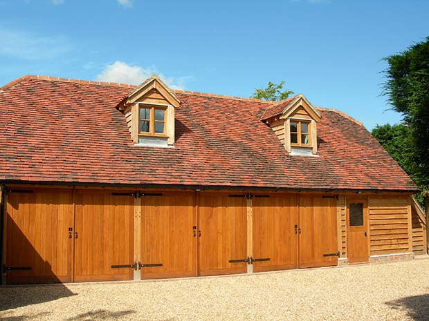 three bay Gloucester Range oak frame garage by Oakwrights