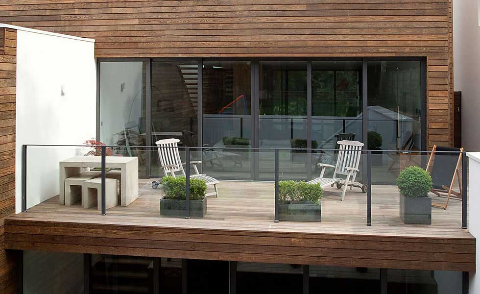 Guide to Good Decking | Homebuilding & Renovating on Decking Ideas For Sloping Garden id=56878
