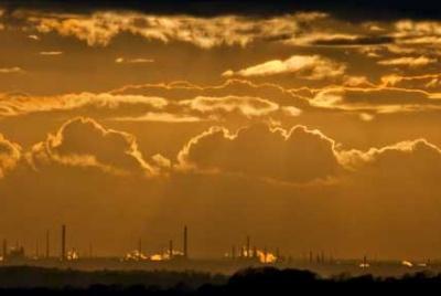 Solar versus Oil