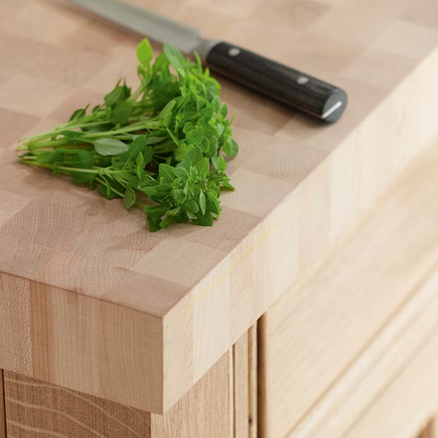 Beautiful Maple Worksurface From Rencraft