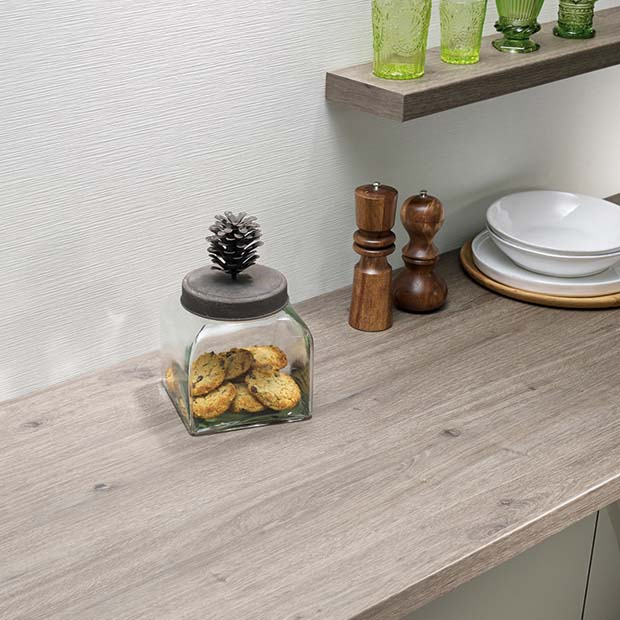 Tobacco Oak laminate worktop by Bushboard worktops