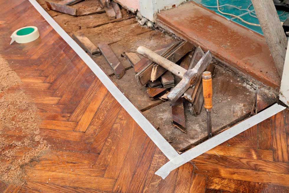 Renovating parquet flooring