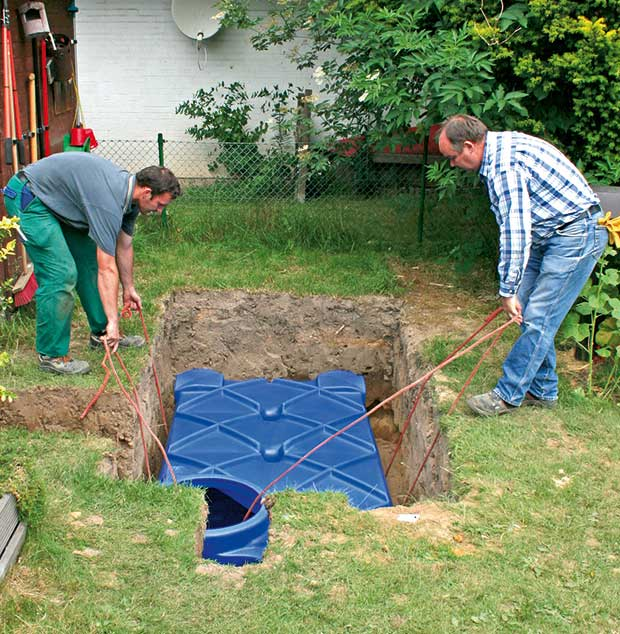 installing a rainwater harvesting tank