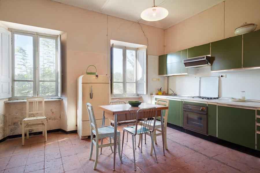 Interior Wall Problems | Homebuilding & Renovating