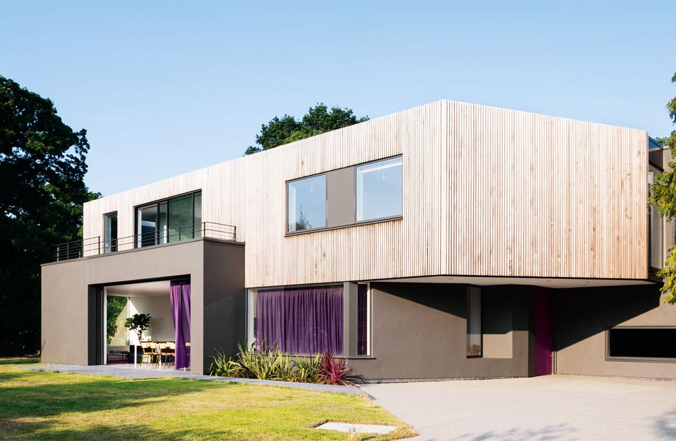 A contemporary new-build on an urban plot