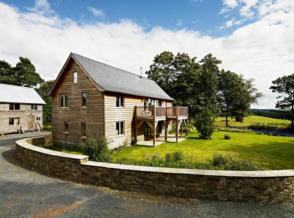 Oak frame house by Castle Ring Oak Frame