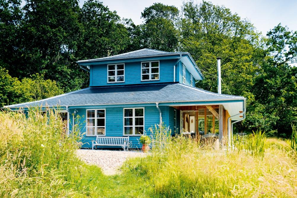 Oak frame home by Roderick James and Carpenter Oak