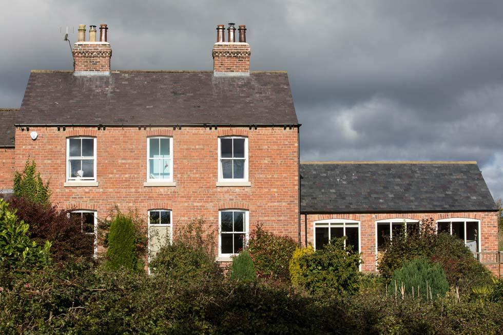 Side extension to period farmhouse