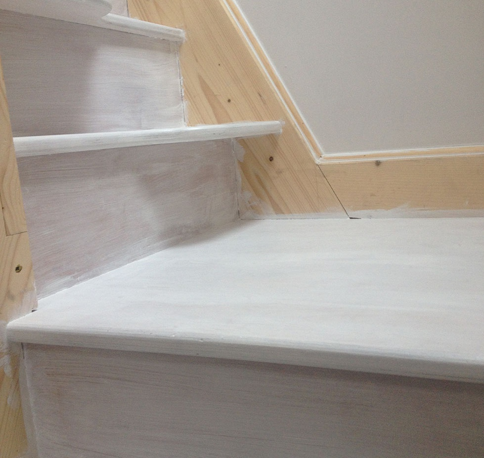 loft-stairs-painting