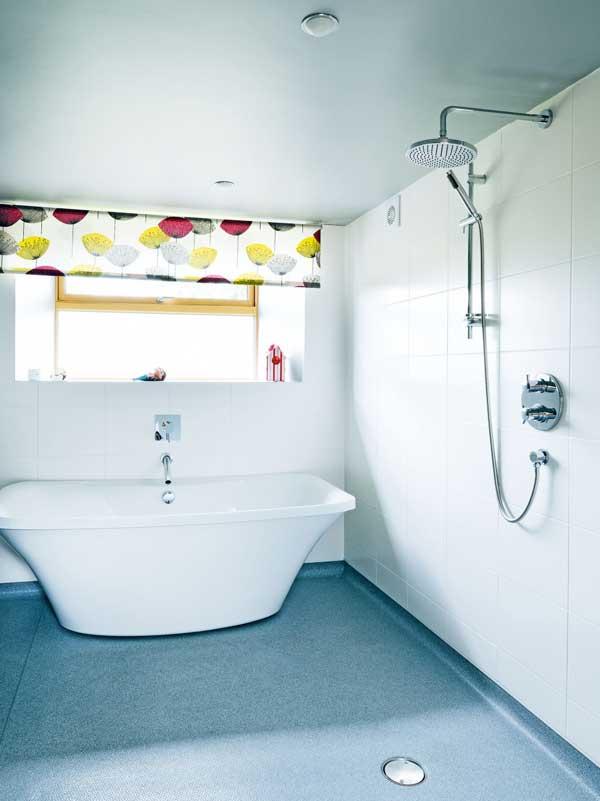 Family bathroom/wetroom