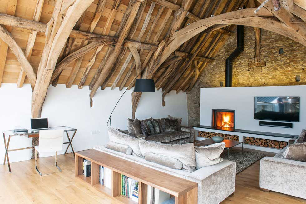 Top Design Tips For Barn Conversions Homebuilding Renovating Simple Barn Interior Design