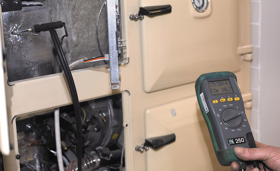 flue gas analysis for a Rayburn range cooker