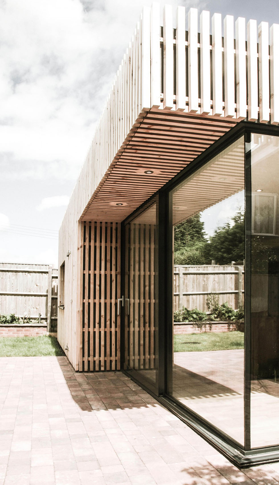 Glazed cantilevered extension