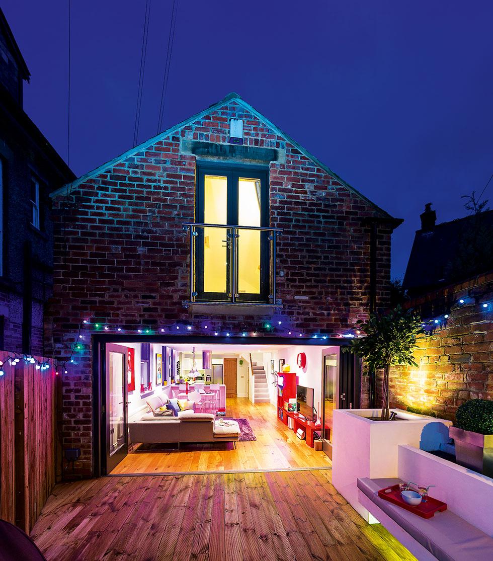 bancroft-house-night-exterior
