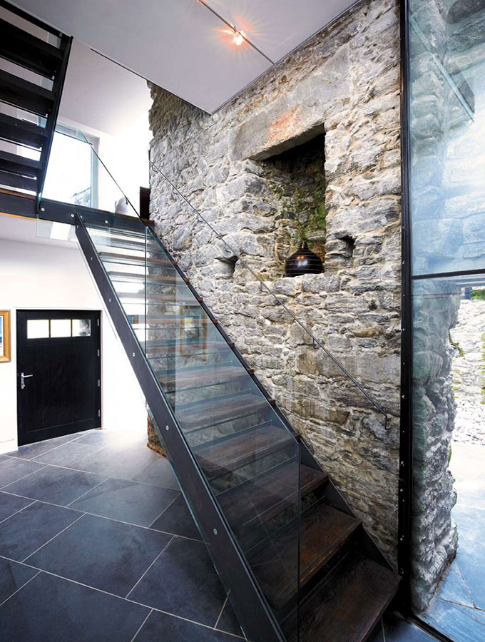 georgian stone and glass staircase