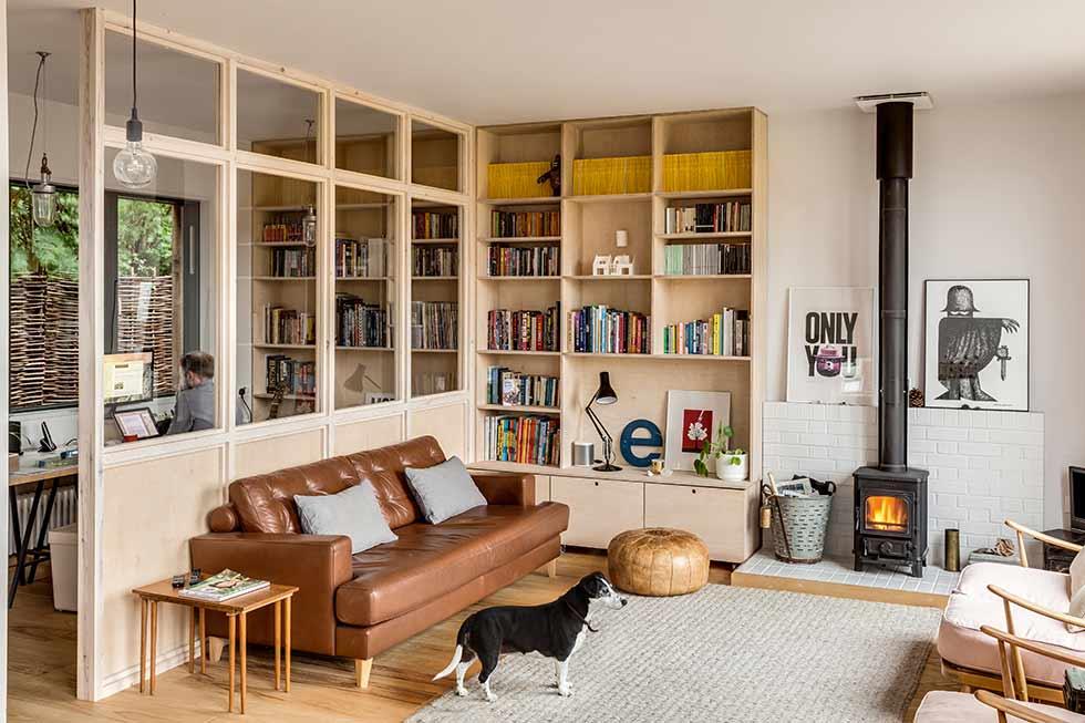 Feature glazing interior