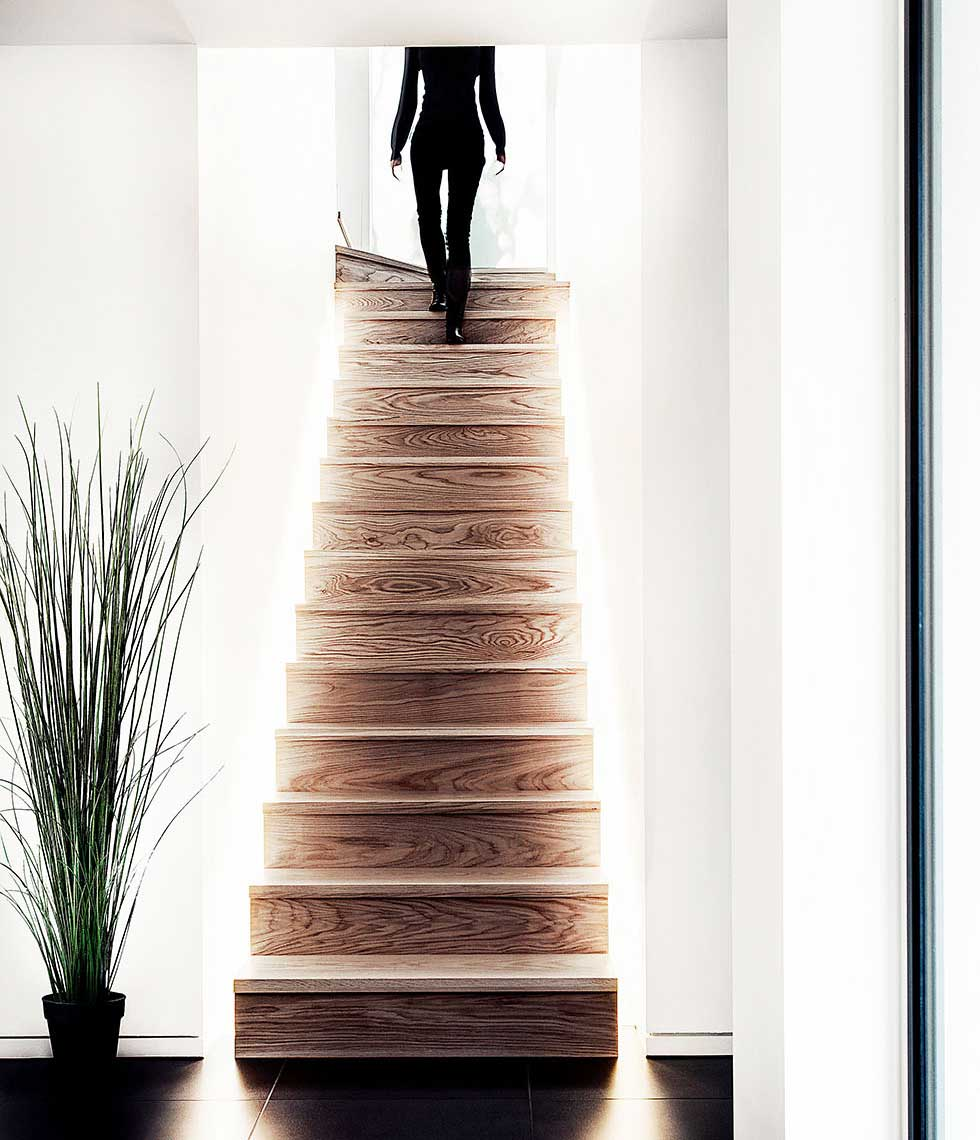 bray-house-feature-staircase