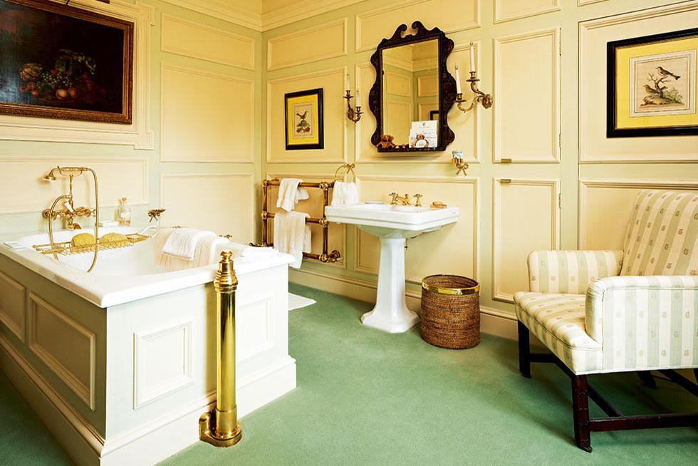 staveley-new-build-stately-home-green-cream-traditional-bathroom