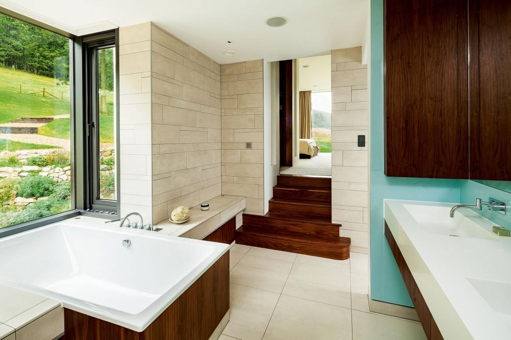 taee-eco-bathroom-colour-pop