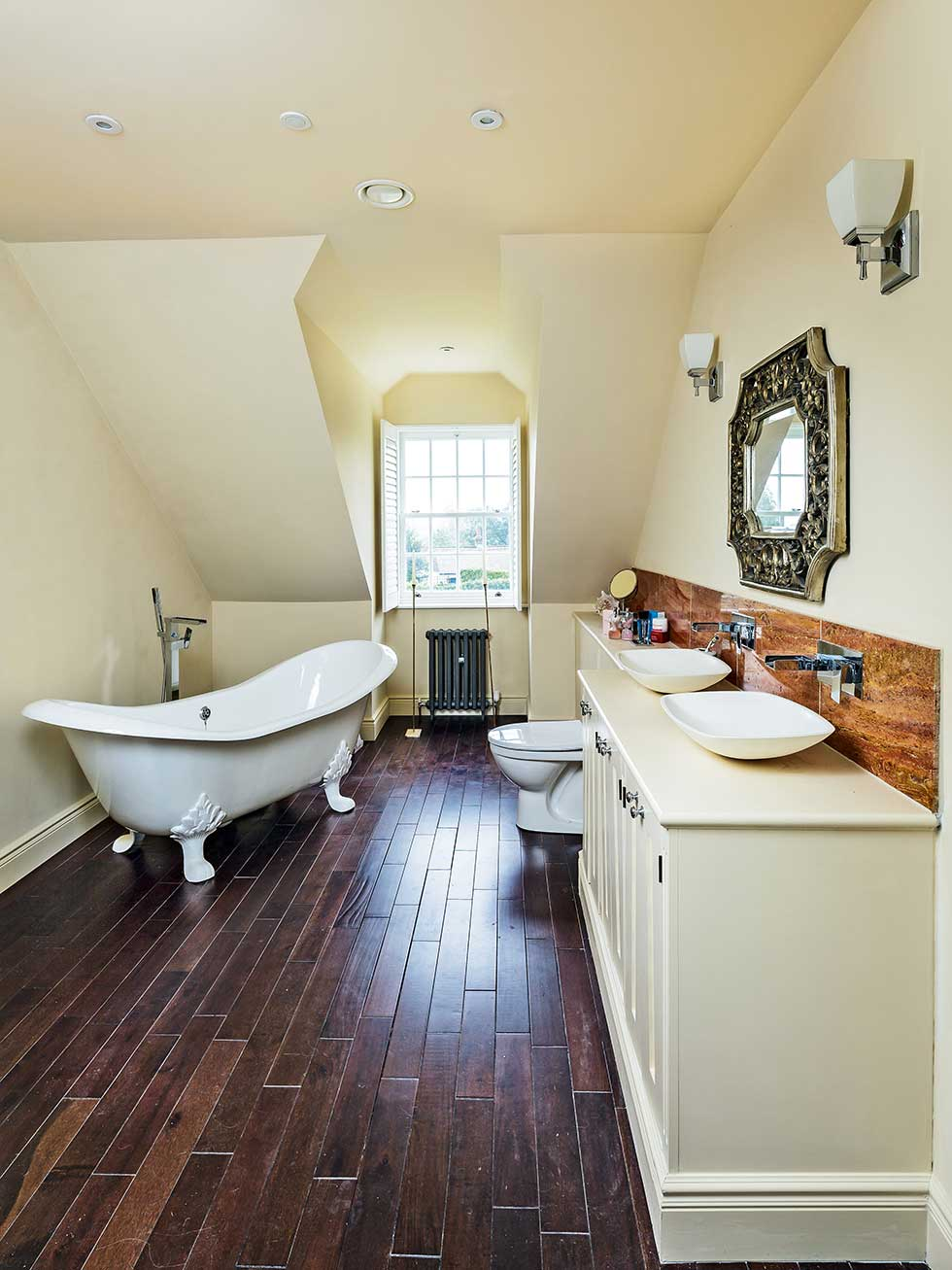 American-style self build neutral bathroom