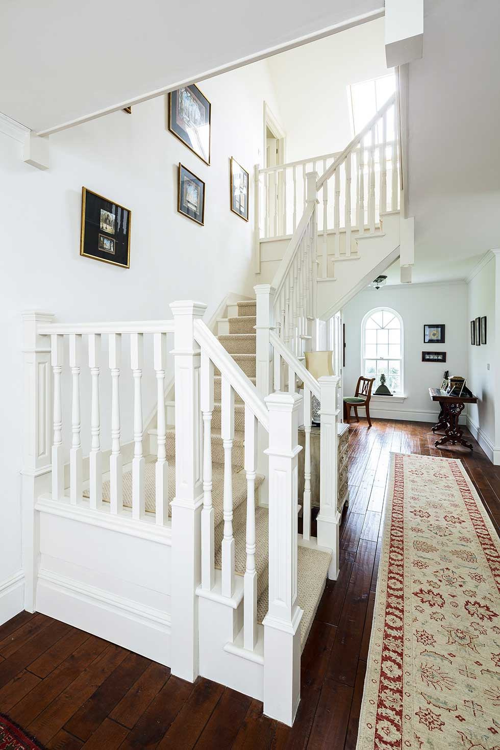 American-style self build staircase turning