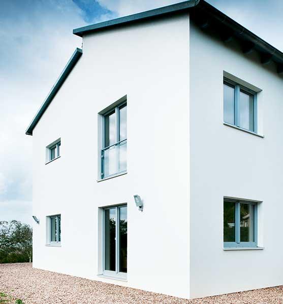 white render contemporary passivhaus