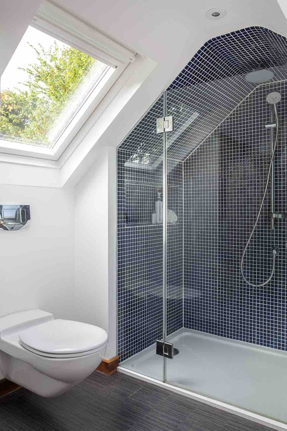 15 bathroom design ideas homebuilding renovating for Small bathroom with sloped ceiling