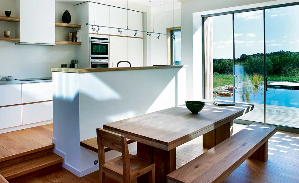 open plan split level kitchen - Kitchen Dining