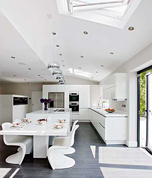 high gloss fitted kitchen with rooflights & Top 10 Kitchen Diner Design Tips | Homebuilding u0026 Renovating azcodes.com