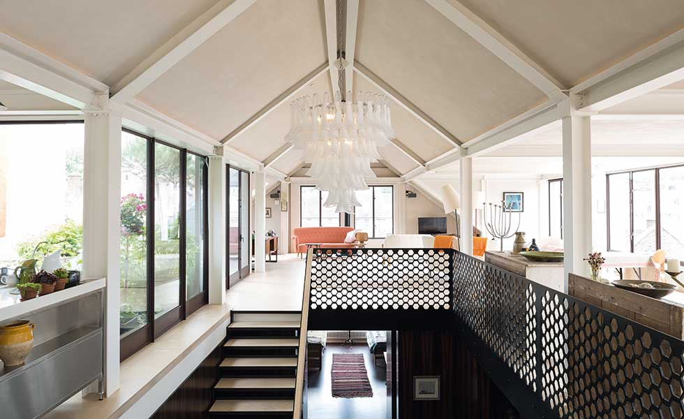 galleried landing with a vaulted ceiling