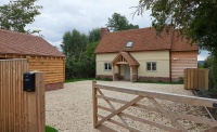 budget oak frame home main exterior