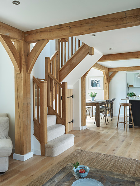 budget-oak-frame-with-timber-staircase