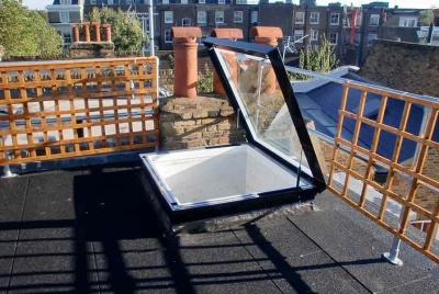 roofglaze rooflight hinged flatglass on rooftop trellice