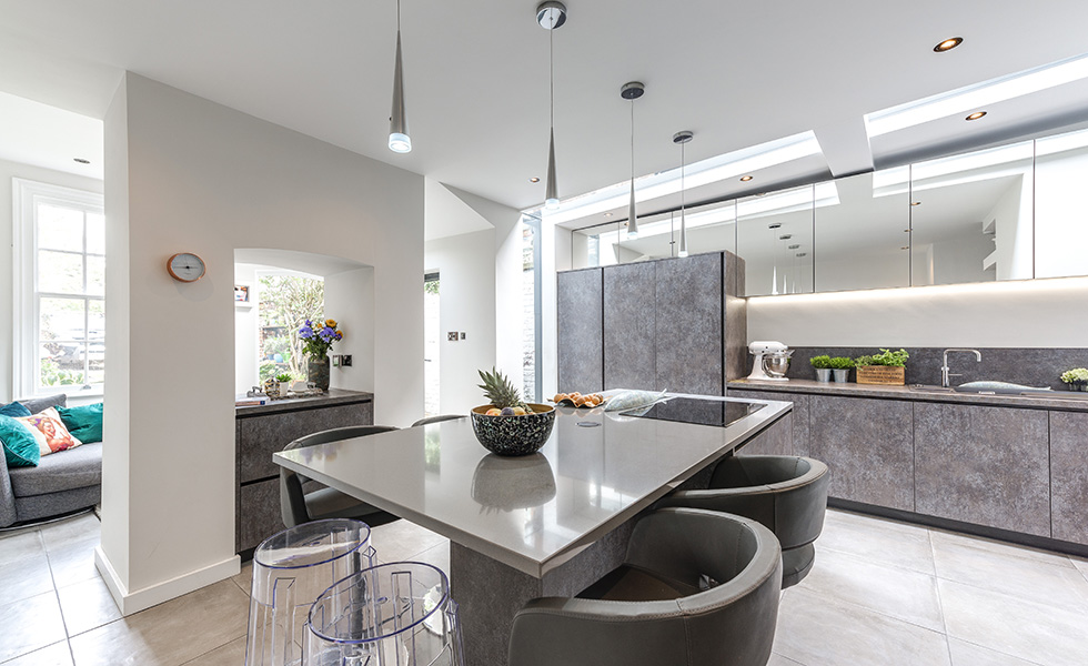 kitchen–diner-with-rooflights