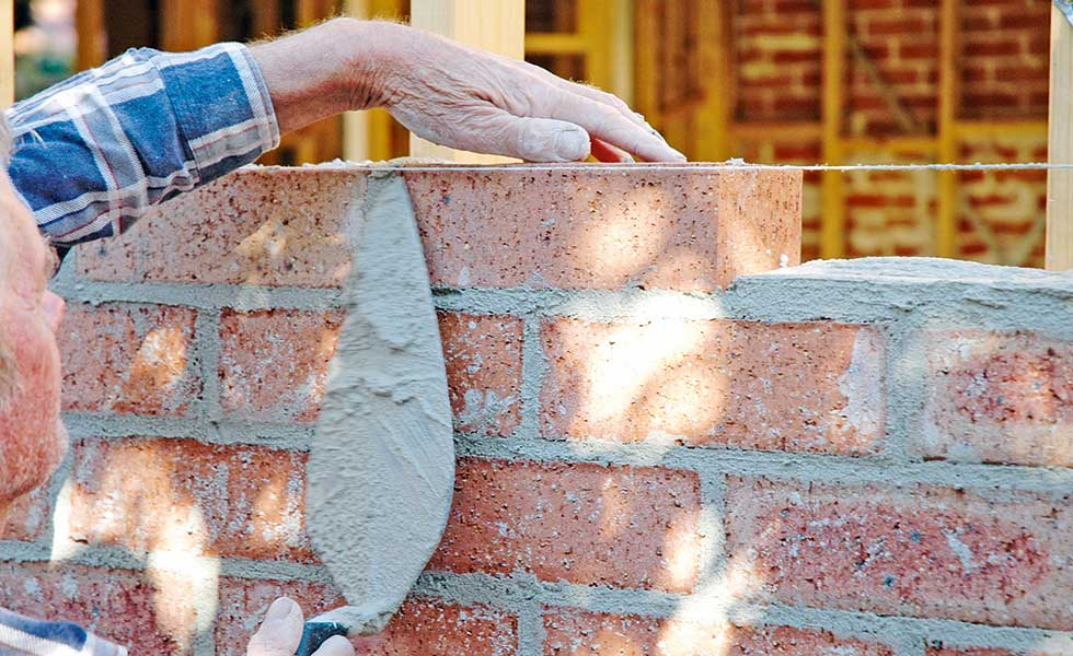 bricklayer-shortage-of-skilled-labour-in-UK-myth